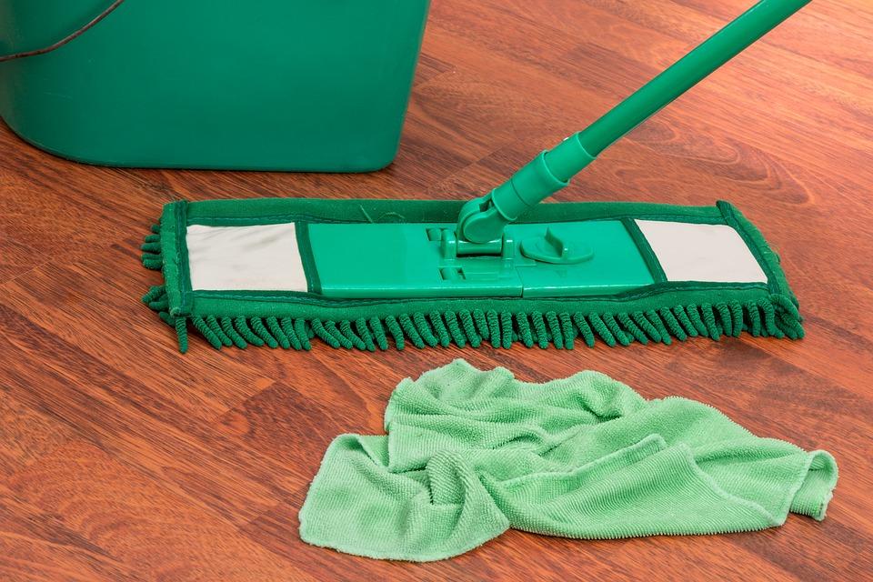 úklid mop