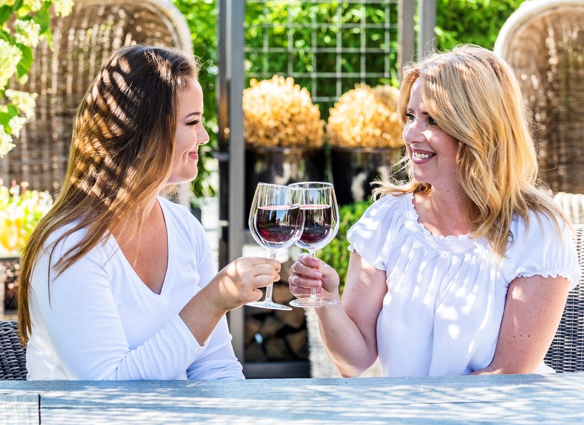 termo sklenice na víno